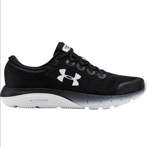 Under Armour Charged Bandit 5 Running Sneaker